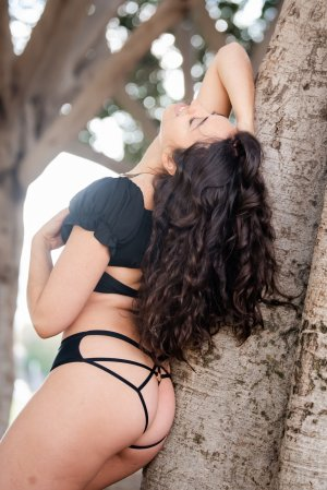 Dellia live escort in Culver City CA