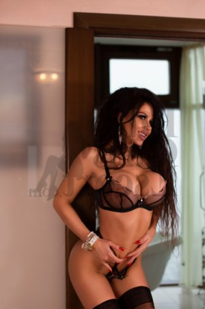 Loina escort girls in Broomfield Colorado