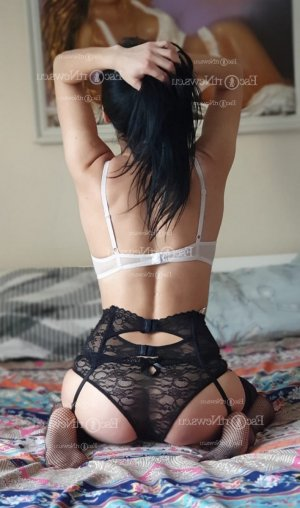 Lucrezia asian live escort in Cibolo
