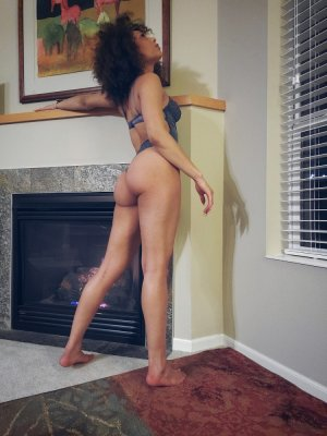 Ozanna escort girl in Prescott