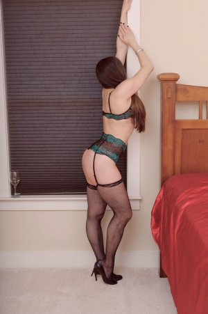 Wiktoria asian escort in Mount Airy